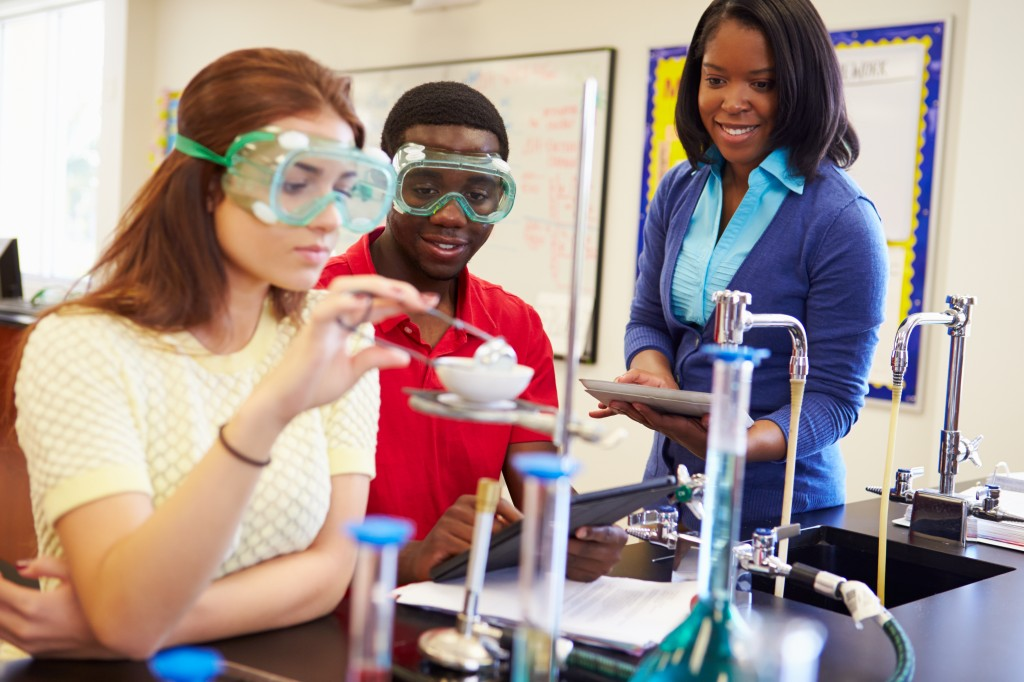 students learning about chemistry